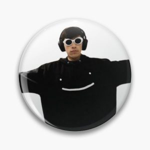 GeorgeNotFound in dream's merch Pin RB0906 product Offical GeorgeNotFound Merch